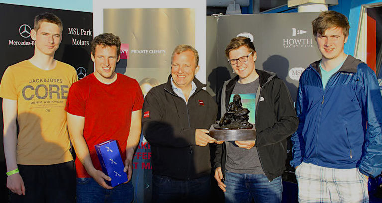 Davy's Graham Cawley (centre) with HYC's K25 Team (Kilcullen), overall winners of the 'Lambay Lady'