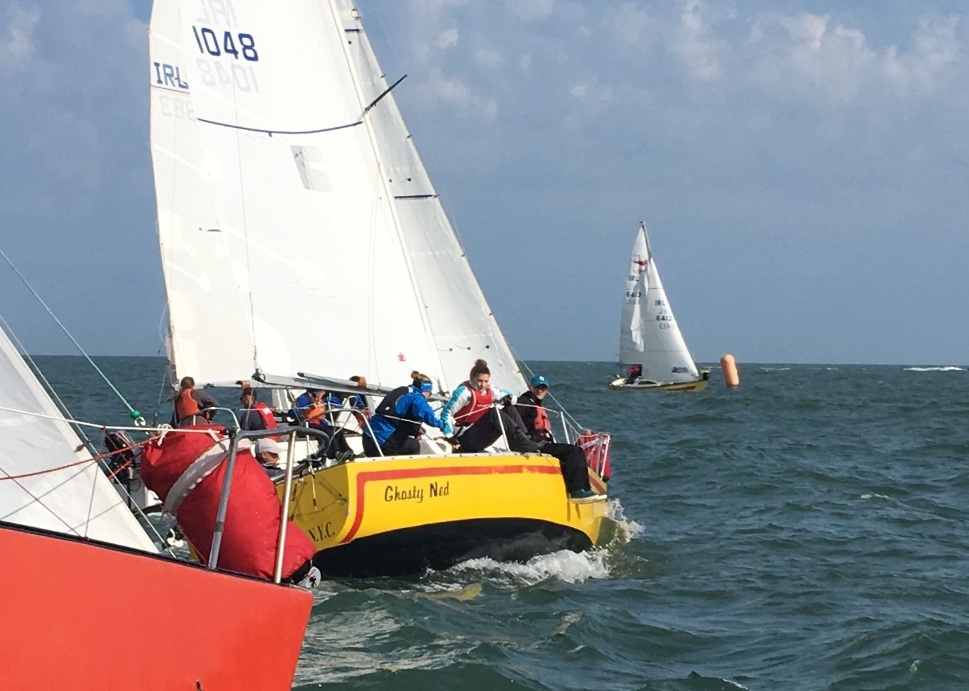 'Yellow Peril' takes advantage of a big pin-end bias at the start or race 1