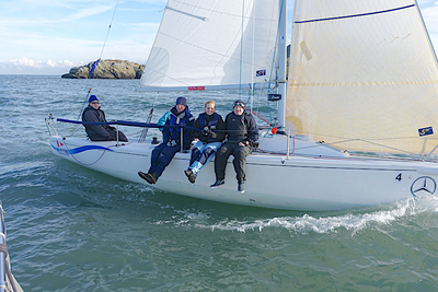 Try Racing and Sailing courses provide opportunities for budding racers and cruising enthusiasts