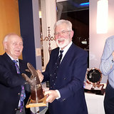 Ken Moles Trophy awarded to Quiz winning table.jpg